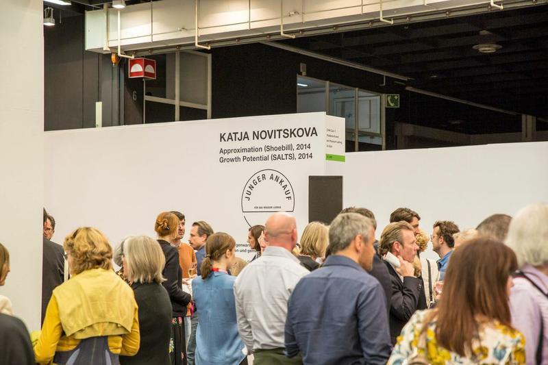 Art CologneLudwig MuseumstandwithKatja Novitskova.PhotobyRainarAasrand..b6551dc87f583abbfeb124663ae904a2782